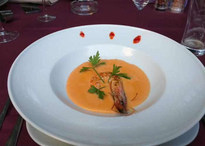 TNR a cinat în stil spaniol la restaurantul La Rambla