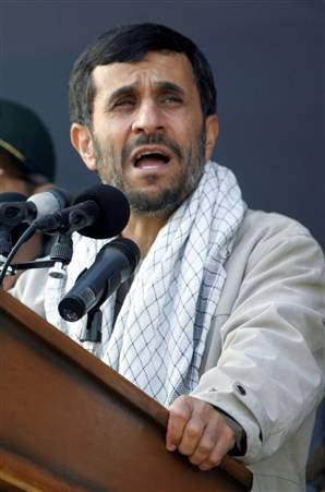 Atentatul cu grenadă la viaţa lui Ahmadinejad, o făcătură extraordinară – VIDEO