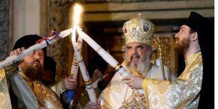 Paştele Bisericii: poporul e prostit de ritualuri, buzunarele preoţilor cresc