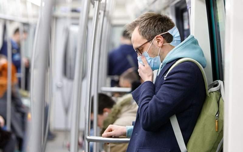 Medicii recomandă să purtăm mască şi la ceafă, împotriva coronavirusului bulgăresc