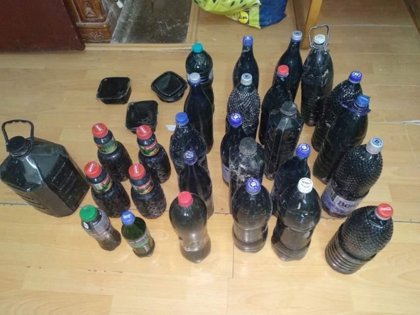 Vânzătorii de nămol, interzişi în Vamă pentru că toţi tâmpiţii îl cumpără şi îl beau