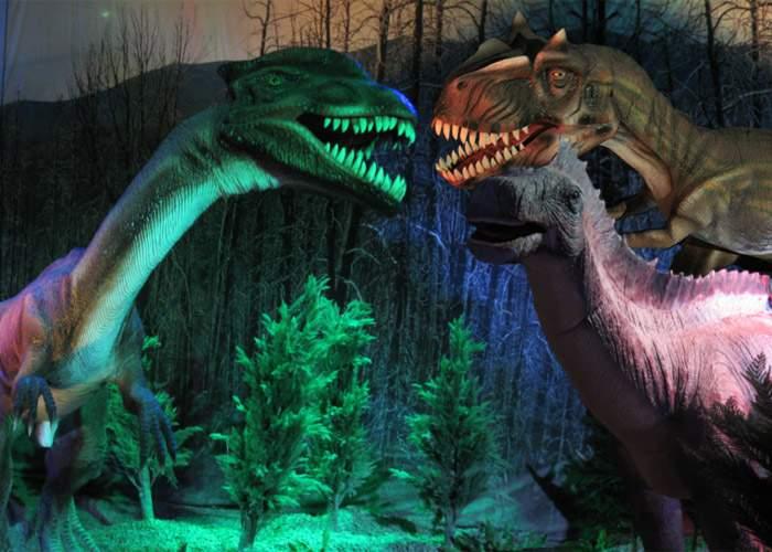 A fost descoperit un dinozaur cu nume ridicol, de care râdeau toţi ceilalţi dinozauri!