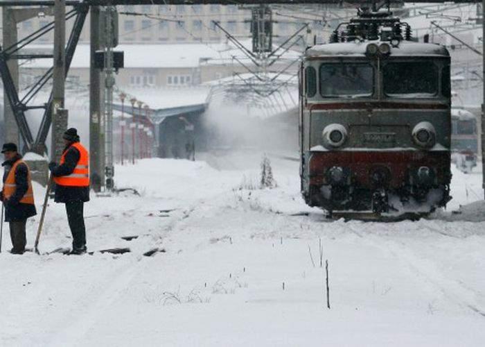 CFR Călători, salvată de vreme: are un nou set de scuze pentru întârzierile trenurilor