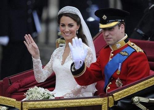 Nunta regală britanică, copiată deja de zeci de cupluri de chinezi