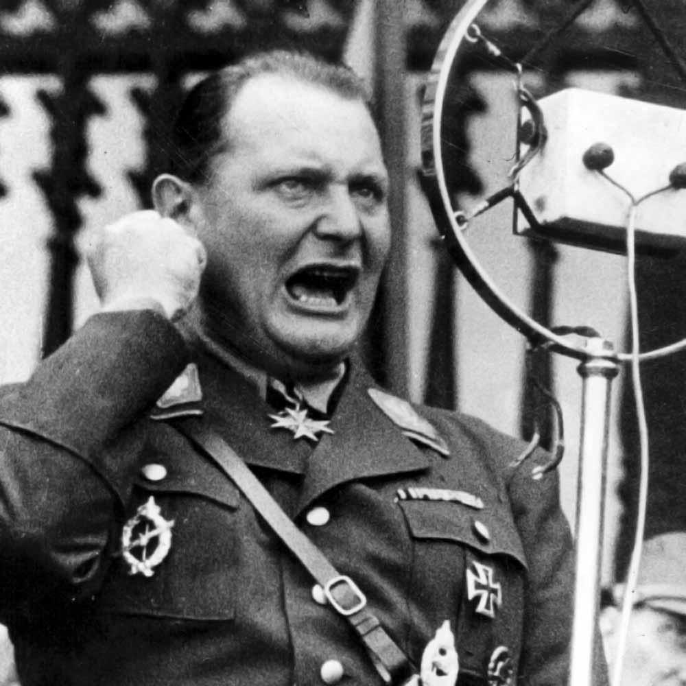 Sovieticii mâncau nazişti, fără pâine