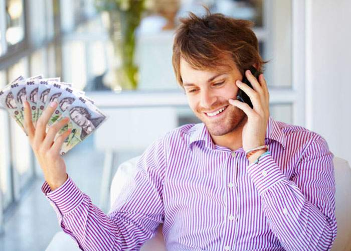 Guvernul a înfiinţat o linie telefonică gratuită pentru cetăţenii care vor să dea şpagă