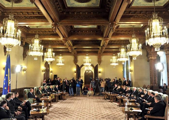 LIVETEXT: Băsescu se consultă cu partidele pentru desemnarea premierului