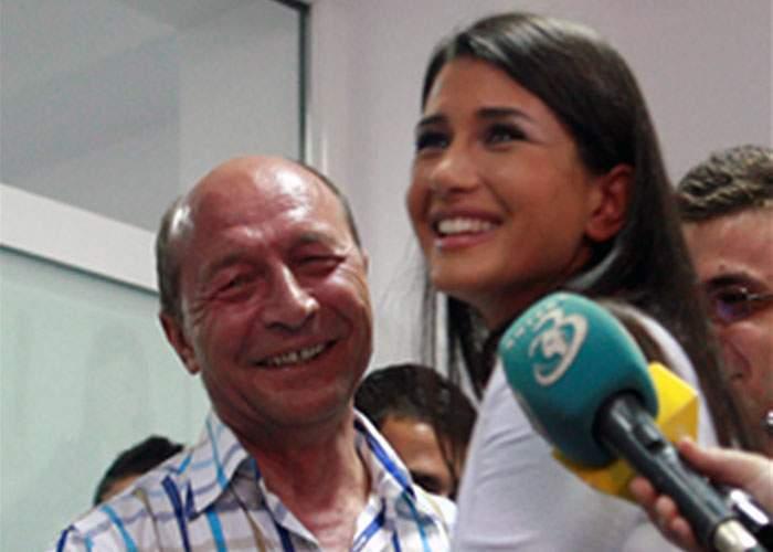 Surpriză! Lui Băsescu nu i se poate lua Preşedinţia deoarece a trecut-o pe numele fiică-si!