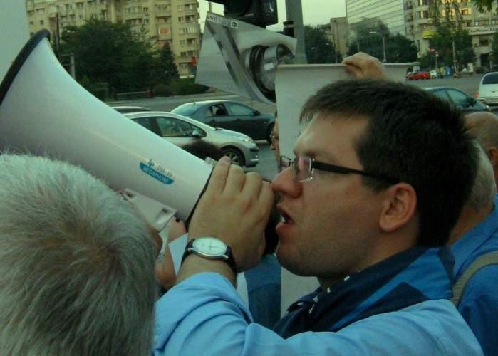 Partidul lui Mihail Neamţu a fuzionat cu o asociaţie de proprietari din cartierul Titan