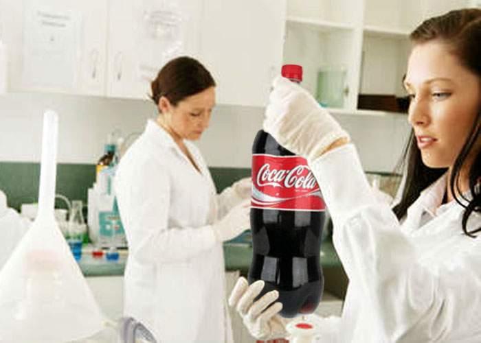 Oamenii de ştiinţă britanici au descoperit primul compus absolut inofensiv din Coca-Cola!