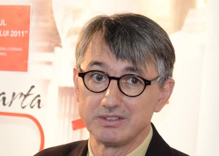 Patapievici şi-a dat demisia de la ICR: Am primit o ofertă de nerefuzat de la Capatos