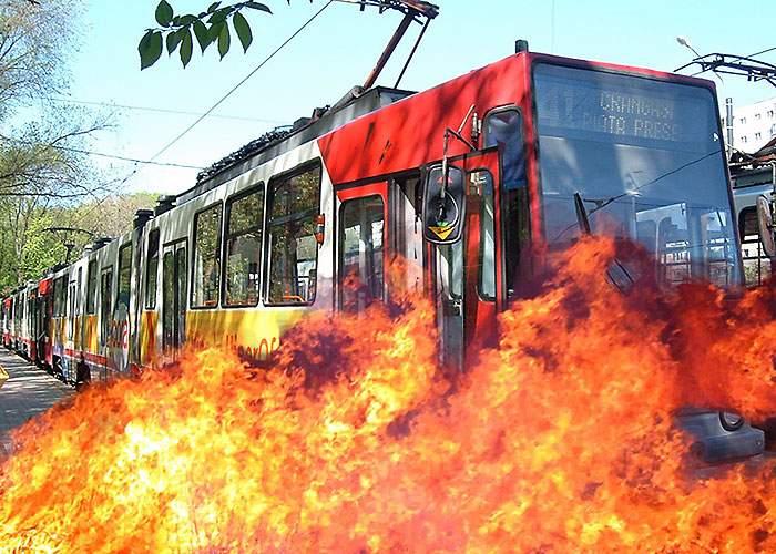 Poliţia Capitalei, pe urmele Incendiatorului din tramvaiul 41!