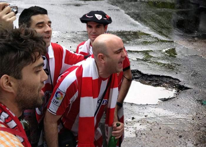 Primăria Capitalei acuză: Huliganii spanioli au facut aseară gropile din asfalt!
