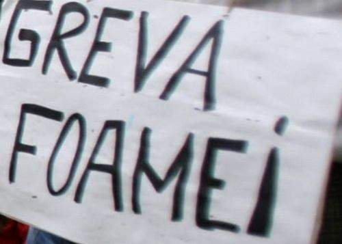 Sute de mii de români se află în greva foamei fără s-o ştie