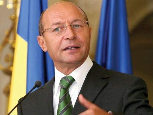 Doi bucureşteni s-au dus la Cotroceni să-l bată pe Băsescu