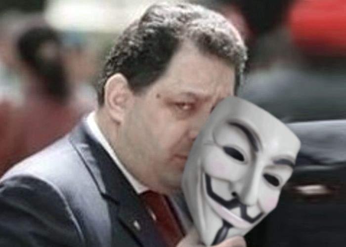 Marian Vanghelie a recunoscut că face parte din gruparea de hackeri Anonymous
