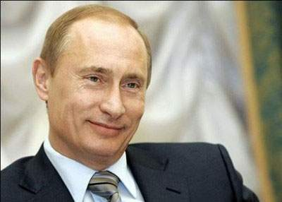 Vladimir Putin se laudă că are destulă putere ca să dea și la alții