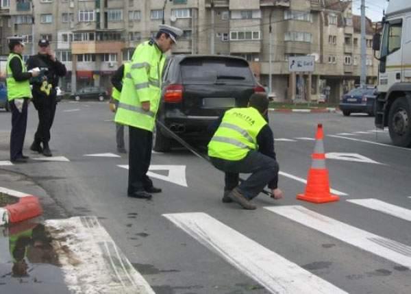 Hai să fim pozitivi! Conform noilor legi, dacă loveşti un parlamentar cu maşina pe trecere, nu păţeşti nimic
