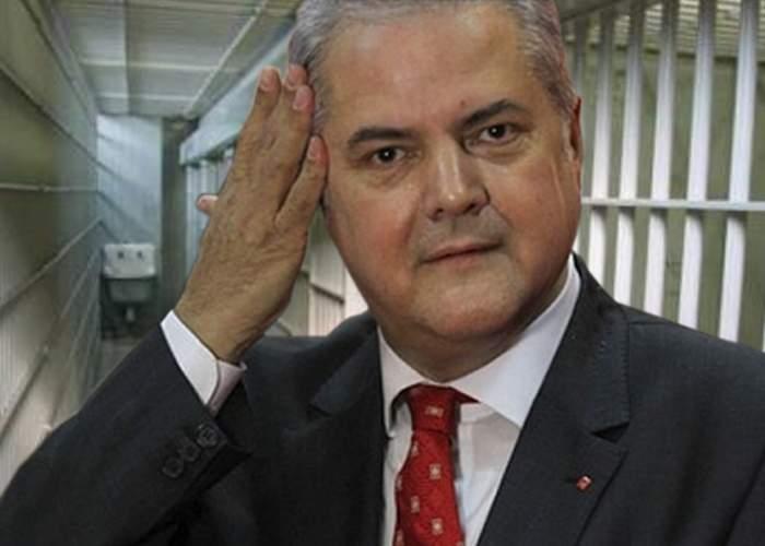 Adrian Năstase îi atrage atenția lui Șerban Nicolae că nici el nu credea în gang bang până nu i s-a întâmplat