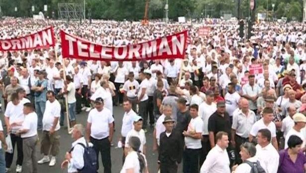 Referendumul, o formalitate. România are 14 milioane de proşti, nu doar 6, de câți e nevoie pentru validare