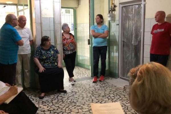 Administrator, linşat de locatari după ce a vrut să amnistieze restanţierii din bloc