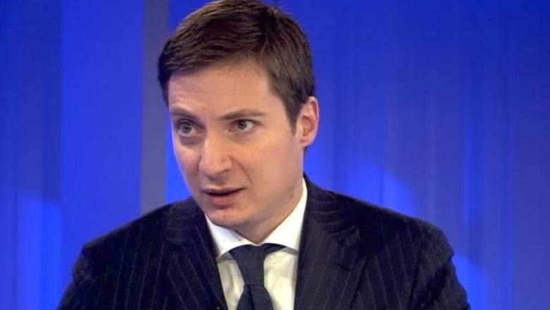 Dan Barna, acuzat că nu-i dă lui Andrei Caramitru de mâncare cu zilele, ca să-l facă rău