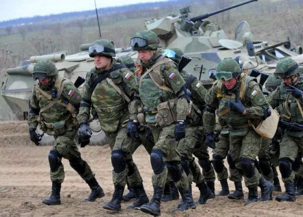 Exerciţii militare de amploare în Rusia. Sunt căutaţi doi jurnalişti care au scris că Putin e dictator