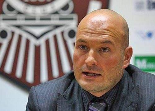 Patronul CFR Cluj, Arpad Paszkany, ştie pe de rost IBAN-urile tuturor arbitrilor din Liga I
