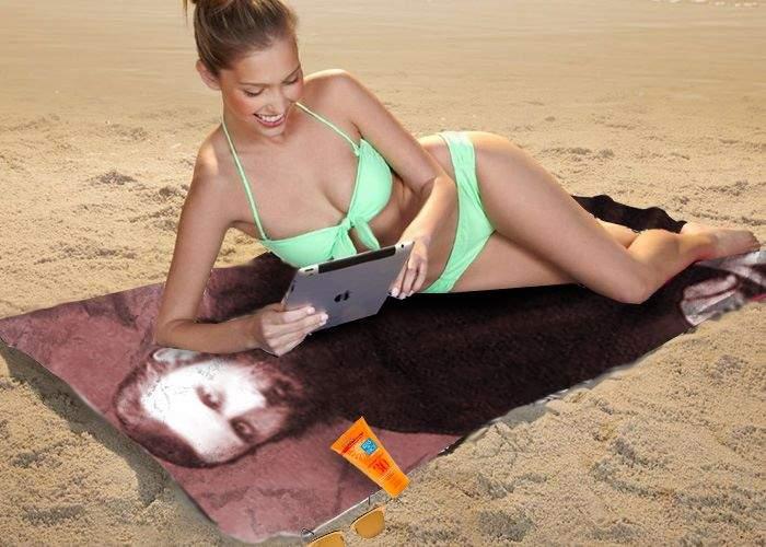BOR a lansat prosoapele de plajă cu Arsenie Boca, care te feresc de cancer de piele și de insolație