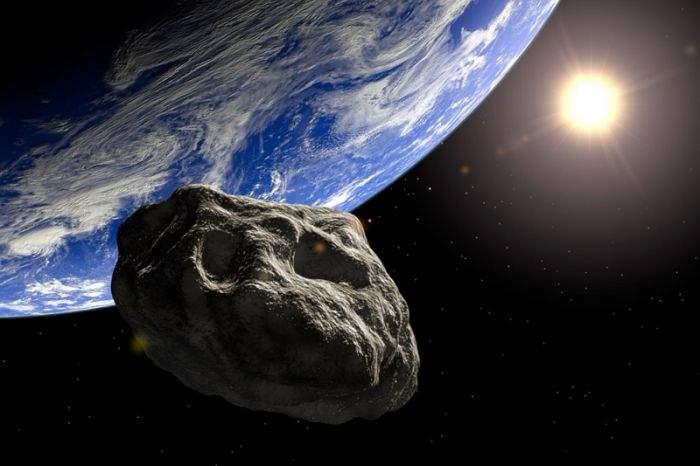 Doi gay au fost trimiși pe un asteroid, ca să fie distrus de Dumnezeu înainte să lovească Terra