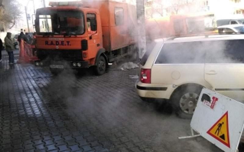 Surse: Gabi Firea a pus Bucureştiul pe avarii şi a plecat în vacanţă