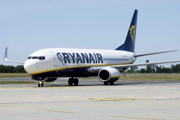 Ryanair: Piloţii sunt în grevă, dar dacă vrea cineva să conducă avionul, cheile sunt în torpedou