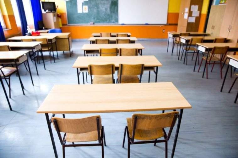 10 efecte ale faptului că școlile vor rămâne închise până în septembrie