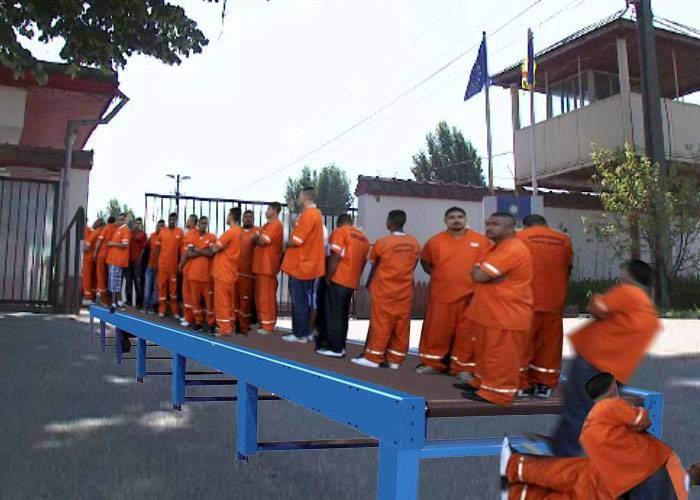 Sătui de titlurile cu eliberări pe bandă rulantă, cei de la Jilava au montat o bandă rulantă în faţa închisorii