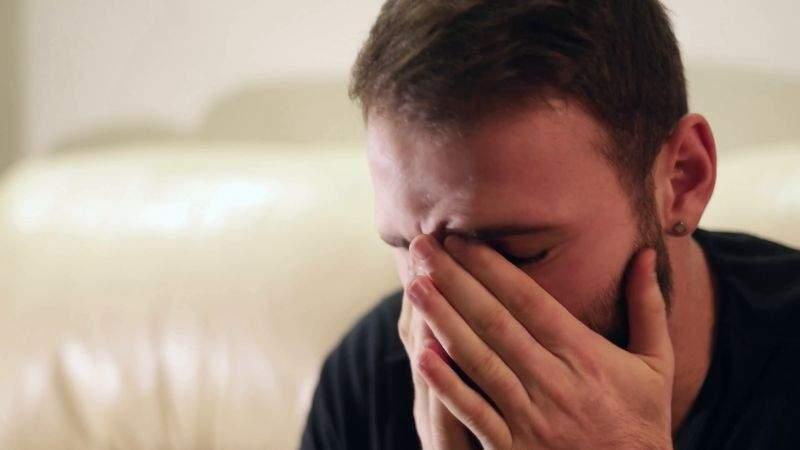 (P) Inuman! Unui român i-a cerut fosta soție la divorț jumătate din cartonașe