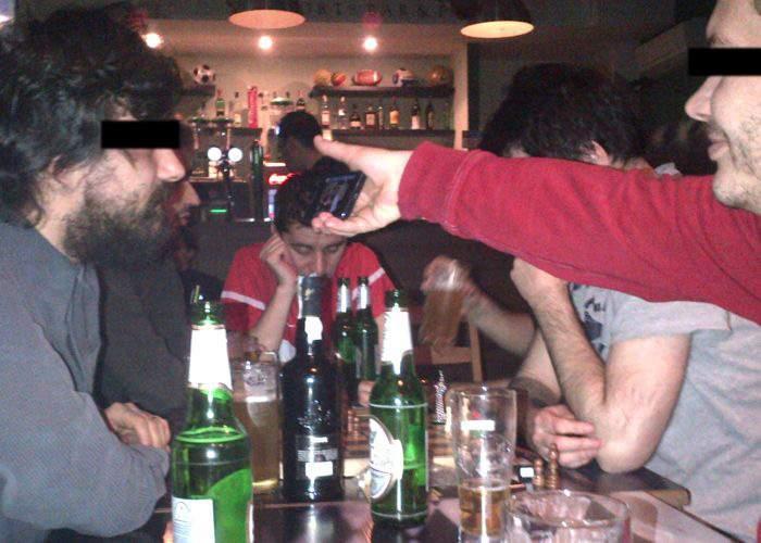 Un bărbat şi-a asumat răspunderea pe bugetul familiei şi a plecat cu banii de cadouri la băut