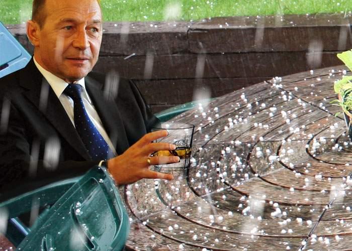 """Traian Băsescu, nemulţumit de venirea grindinei: """"Am cerut doar două cuburi de gheaţă!"""""""