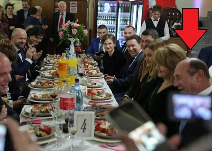 Primarul din Ulmeni neagă că a avut 3000 de invitaţi la nuntă: A fost doar băutură cât pentru 3000, că venea Băsescu