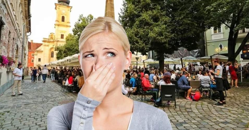 Poluare severă la Cluj! Aerul a devenit irespirabil de la băşinile din capul clujenilor