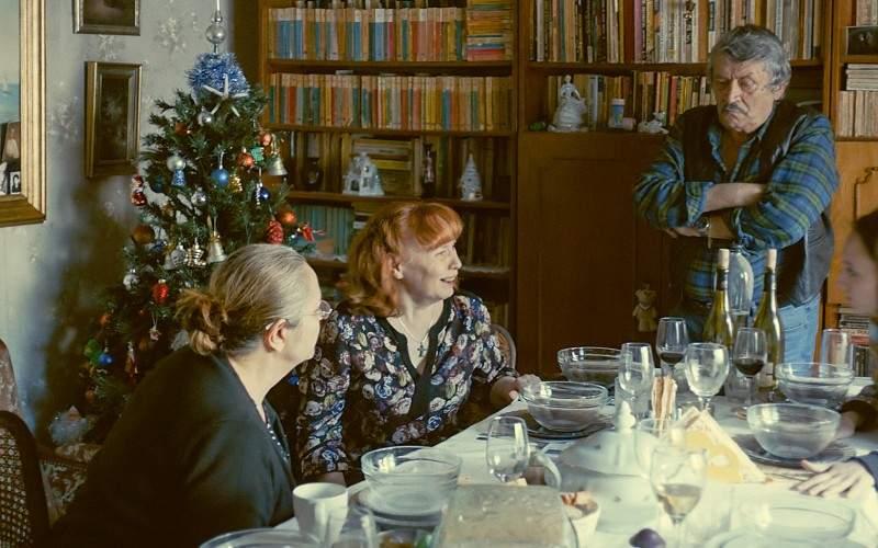 Cea mai neaoşă masă de Revelion! S-a lăsat cu bătaie între fanii Colebil şi Triferment