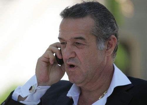 Gigi Becali l-a sunat pe Ponta ca să-i spună pe cine să bage în Guvern
