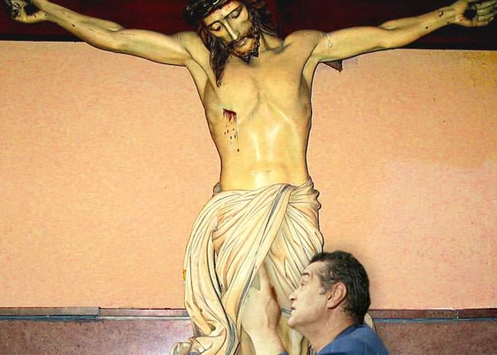 Foto: Gigi Becali are dovada că Iisus nu este hermafrodit