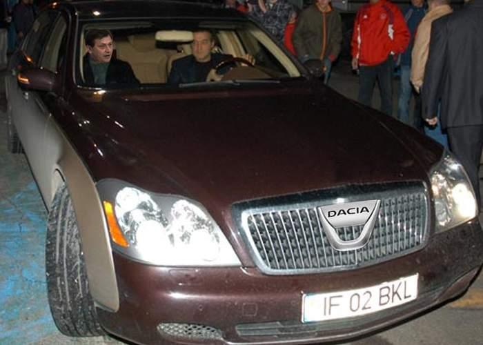 Foto! Gigi Becali şi-a pus pe Maybach sigla Loganului primit în calitate de deputat