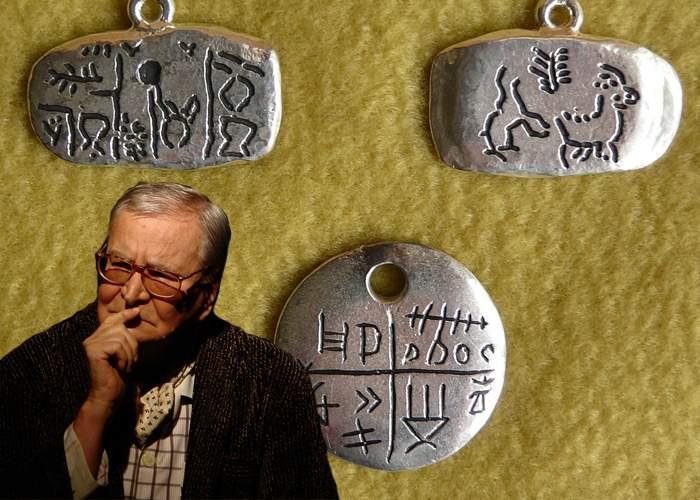 Tăbliţele de la Tărtăria, revendicate de Beligan: Sunt actele mele din Paleolitic!