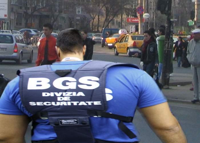 În Bucureşti a fost văzut primul angajat BGS mai mult lat decât lung