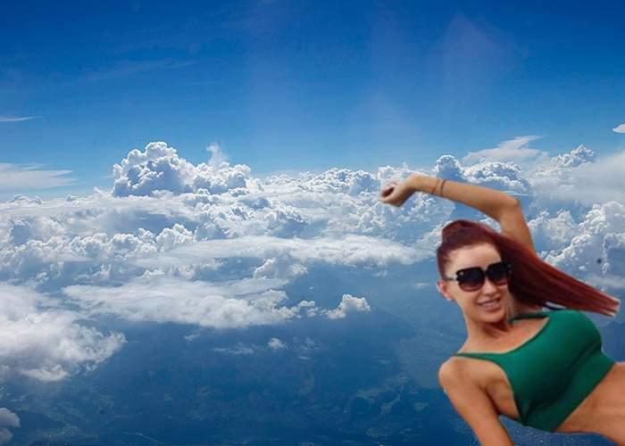 Sătulă să tot dea bani pe avion, Bianca Drăguşanu s-a umflat cu heliu, ca să zboare singură