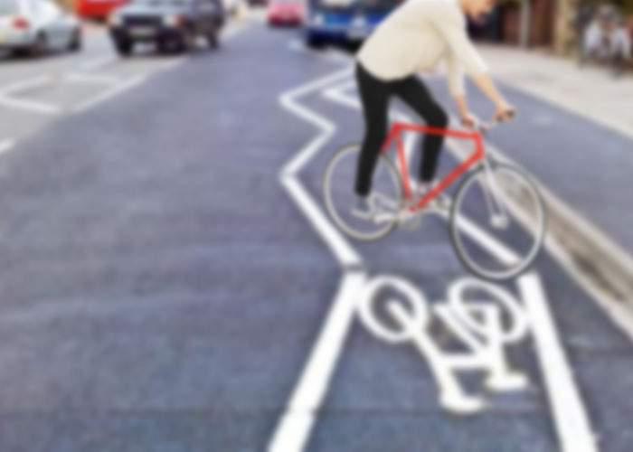 În sfârşit! Oprescu va amenaja în zona Centrului Vechi benzi în zig-zag, pentru biciclişti beţi
