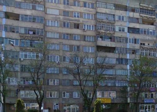 Tradiţii urbane! Odată cu venirea primăverii, românii au început să-şi scoată grătarele pe balcon