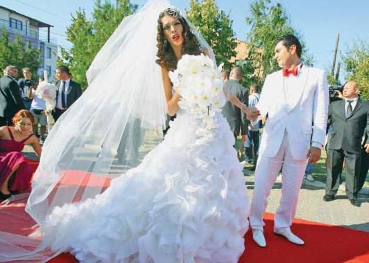 Invitații de la nunta lui Borcea l-au furat pe Torje