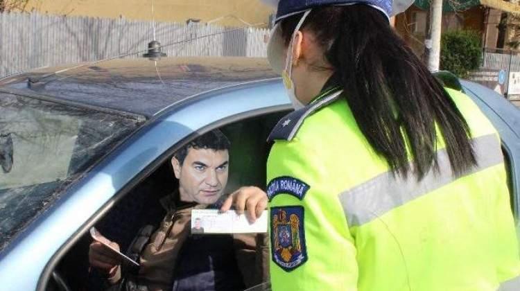 Borcea a lăsat-o gravidă pe polițista care-i verifica declarația pe propria răspundere